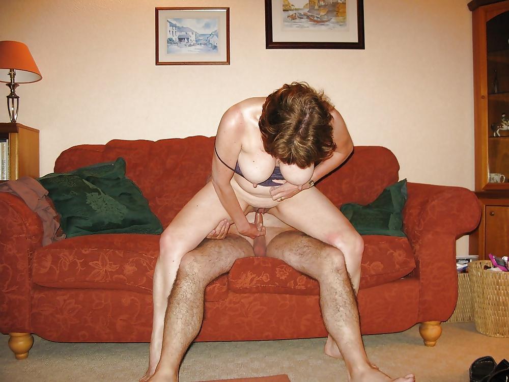 Milfs in Nacktbildern von Alltagen gartis