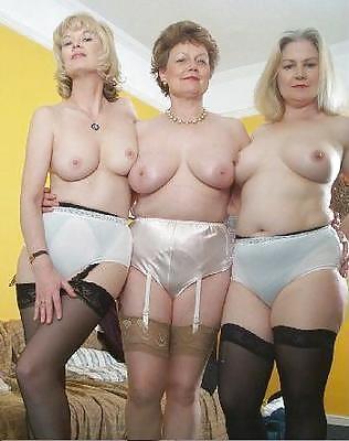 Reif nackt frau Nackte Frauen