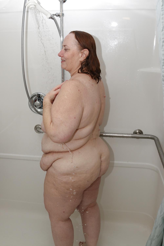 Nakte frauen in der dusche