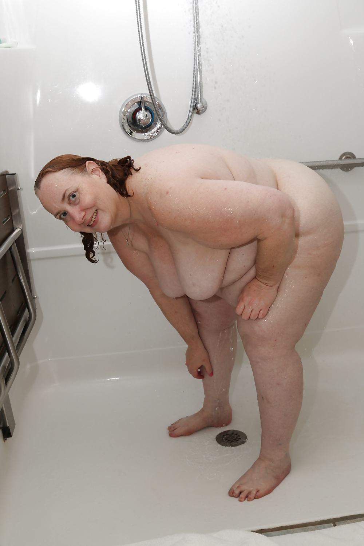 Nackte Dusche