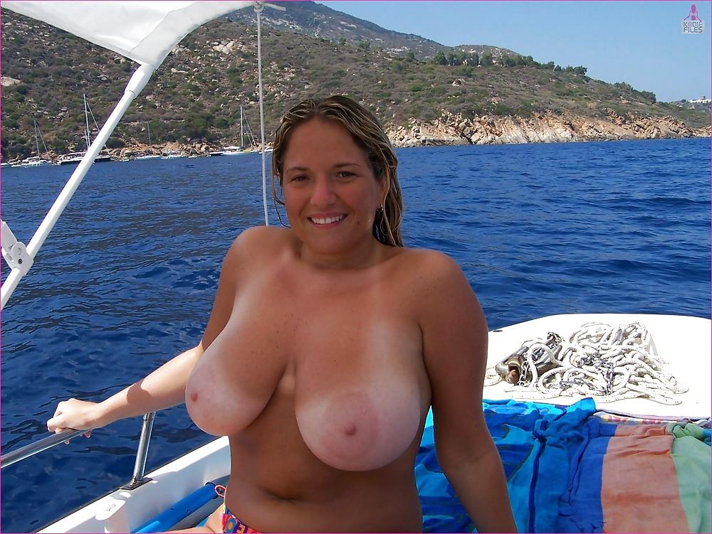 Frauen outdoor reife nackt Hier dürfen