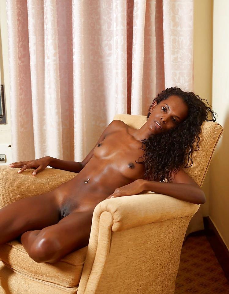 Nackte Ebony