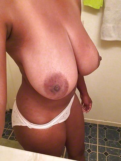 große schwarze brüste selfie
