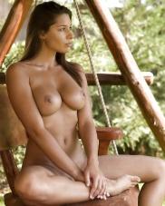 Schönheiten Schlampen in Pornobildern